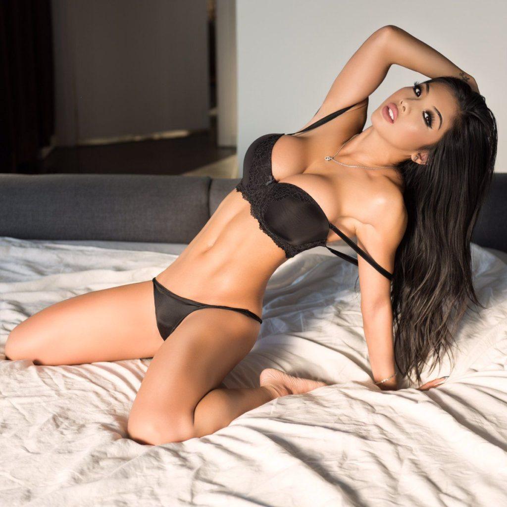 sexy masseuse